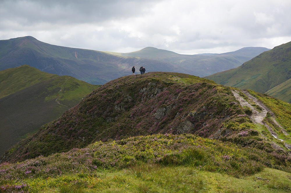 A family of walkers on their way to Knott Rigg