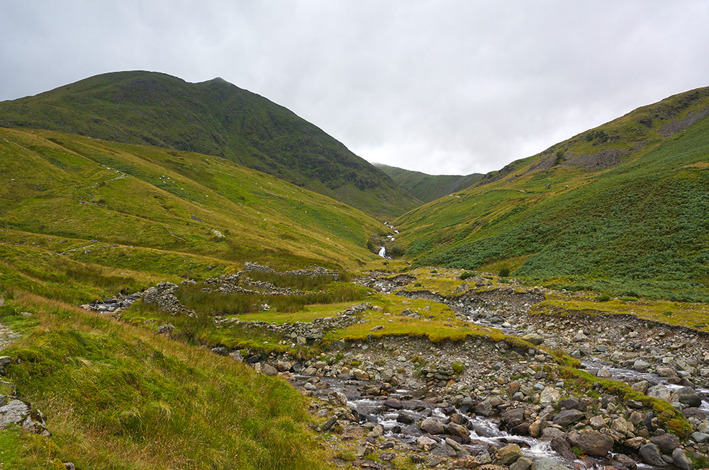 Red Tarn Beck and Catstycam
